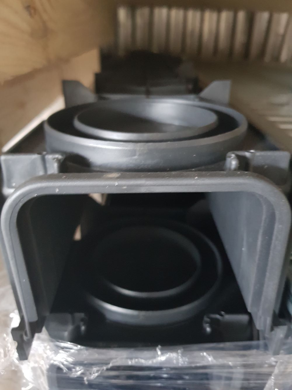 Folyóka müa. 130x50x1000mm (9cm magas) BAUplaza Kft.