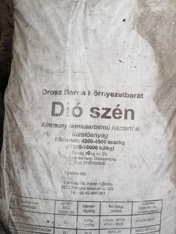 Orosz barna szén - dió 30 kg/zsák BAUplaza Kft.
