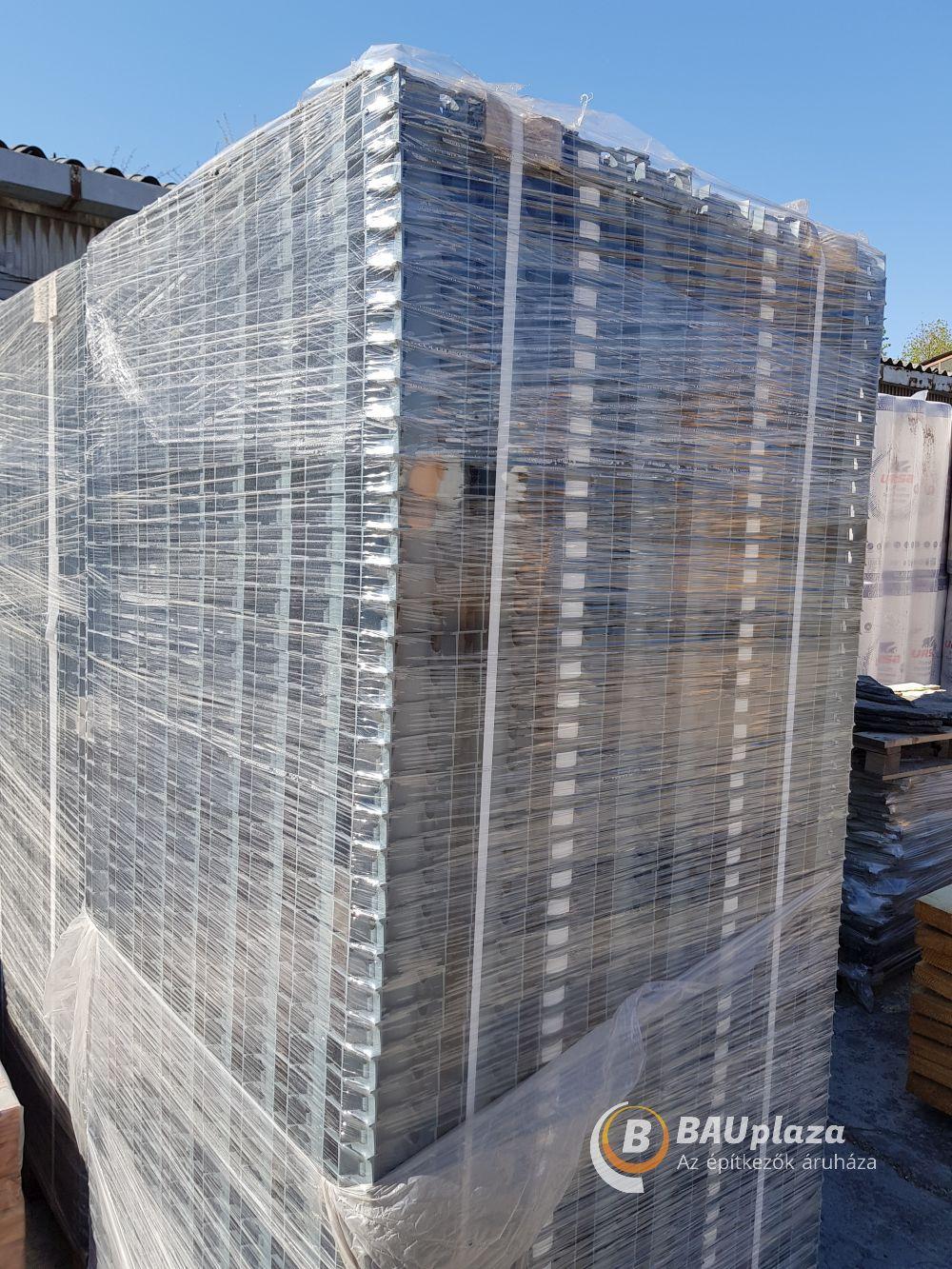 Gyeprács műanyag 50x50x4cm Zöld BAUplaza Kft.
