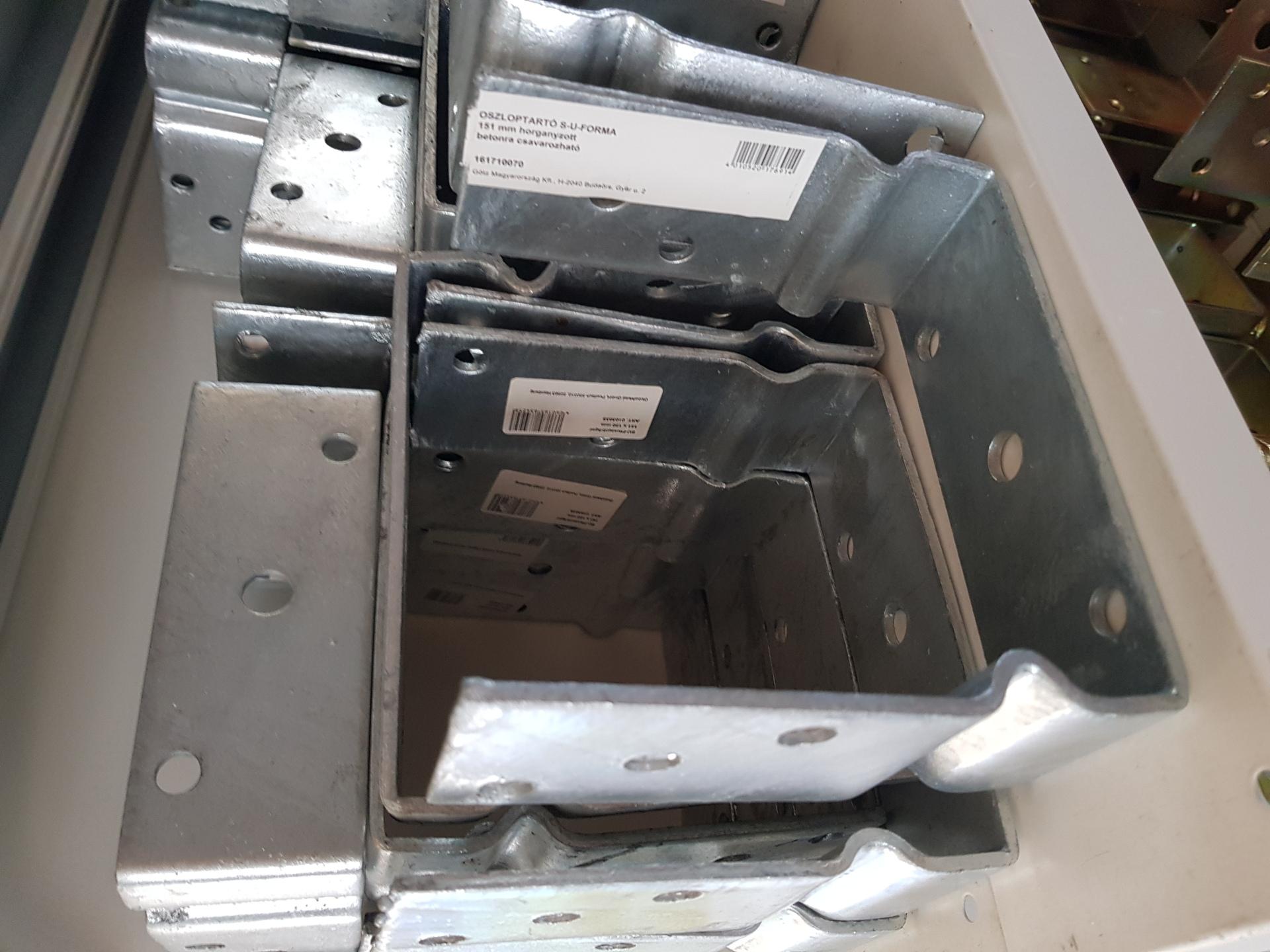 Oszloptartó S-U-forma 151mm horg. csavarozható BAUplaza Kft.