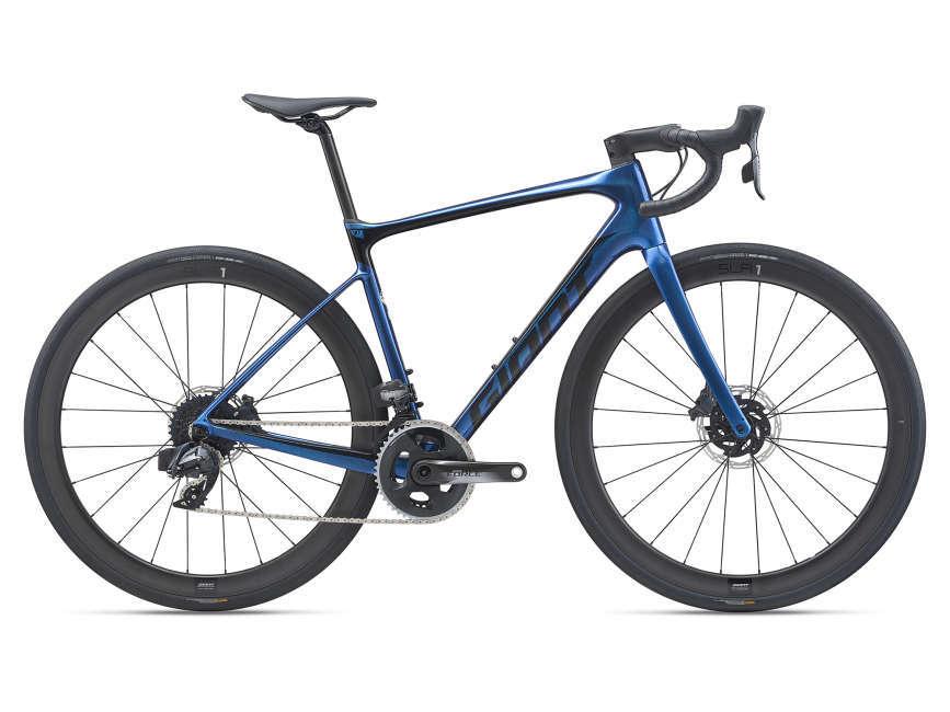 GIANT Defy Advanced Pro 1 országúti kerékpár - M (2021)